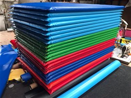 20 x Mixed Colours of Mats 5ft x 3ft
