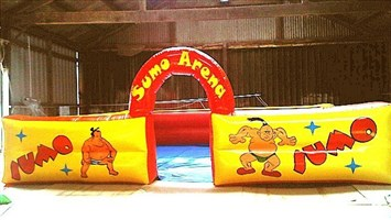 Sumo Arena 17ft x 15ft With Fan & Fitted PVC Floor